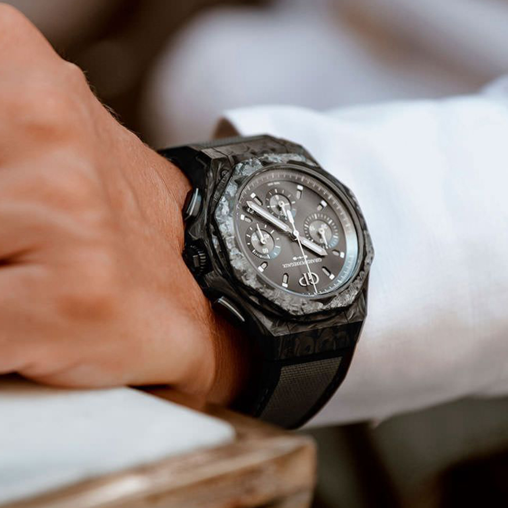 Часы Laureato Absolute Crystal Rock Girard-Perregaux 81060-36-693-FH6A - 2