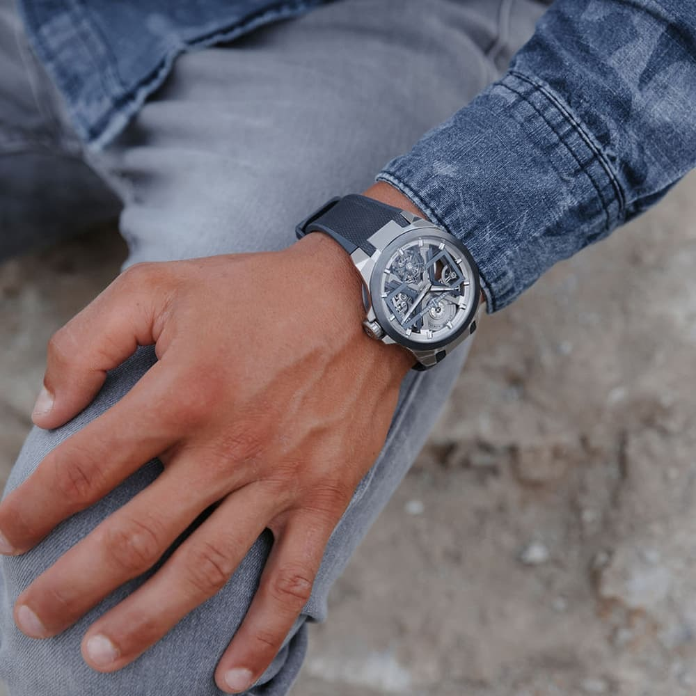 Часы Executive Blast Ulysse Nardin 1723-400/03 - 4