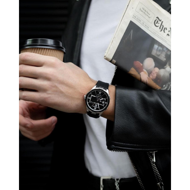 Знакомтесь – часы Ulysse Nardin Executive Dual Time. ⠀ Наиболее известная коллекция швейцарской мануфактуры меняется. Представляем новый стиль элегантной модели. Римские цифры, характерный для коллекции Ececutive прямоугольник, стрелки с люминофором, простота установки второго времени, отсутствие «запретной зоны». ⠀ Эти часы просто созданы для пересечения всех границ мира. ⠀ #NOBLESSE #NoblesseKiev #UlysseNardin #DualTime